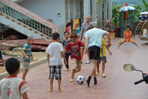 #Rover - Fußball ist international, macht Spaß und verbindet.